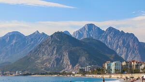 Antalyada son sıcak havalar yaşanıyor