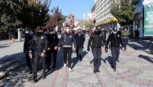 Vaka sayısının arttığı Edirne'de, kuralları ihlal eden turistlere de ceza