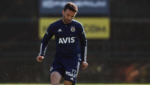 Fenerbahçede Beşiktaş derbisi öncesi Gökhan Gönül takımla çalıştı