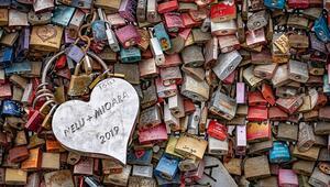 Asma kilitleriyle ünlü aşıklar köprüsü: Hohenzollern