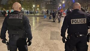 Fransada Afrika kökenli gence yönelik ırkçı şiddet nedeniyle 4 polis ifadeye çağrıldı