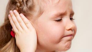 Çocuklarda kulak ağrısına dikkat Tedavi edilmezse…