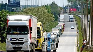 'Macaristan transit geçiş belgesi sorununu çözdük'