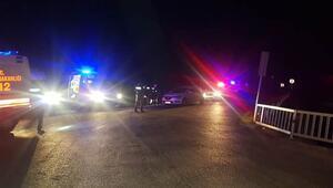 Tarsusta polis aracı devrildi Bir polis şehit, 4 polis yaralı