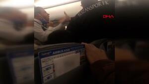 Uçakta arbede Yolcular ile futbolcular birbirine girdi