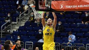 THY Avrupa Liginde 11. haftanın MVPsi Luke Sikma