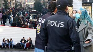 Son dakika haberler: İstiklal Caddesinde polisin zor anları: Güzel görünür kamerada diye insan seçme