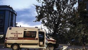 Son Dakika: Yalovada ambulans otomobil ile çarpıştı: 2 yaralı