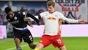 Son Dakika Haberi | Leipzigde Alexander Sörlothun kabusu sürüyor Bu sefer de penaltı kaçırdı