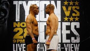 Mike Tyson Roy Jones maçı ne zaman, saat kaçta ve hangi kanalda Tüm dünya bu maça kilitlendi