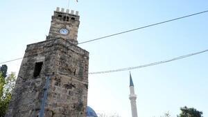 Saat kulesine Ramocan yazısına 1 yıl hapis