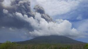 Endonezyadaki yanardağda iki gün sonra 2 patlama