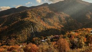 Uludağın eteklerindeki Çalıkuşunun köyünde sonbahar güzelliği