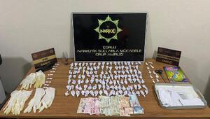 5 çocuk, uyuşturucuları satışa hazırlarken yakalandı