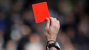 Antalyaspor kırmızıya doymuyor Son 6 maç 6 kırmızı kart...