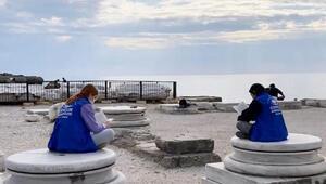 Apollon Tapınağında kitap okudular