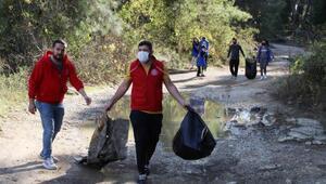 Gençlik Merkezinden çevre temizliği