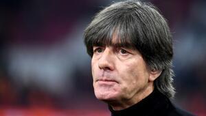 Almanya, Löw kararını açıkladı