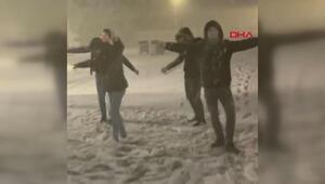 Son dakika... Kar Balkanlardan ülkemize girdi Edirnede yağış başladı... Meteorolojiden ülke geneli için uyarı üstüne uyarı geldi...