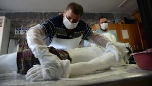 Son dakika haberi: Koronavirüs cenazeleri böyle yıkanıyor Gassallar detayları anlattı..
