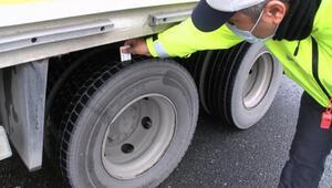 Pendikte araçlarına kış lastiği takmayan sürücülere ceza