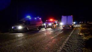 Kamyonun çarptığı motosikletin sürücüsü hayatını kaybetti