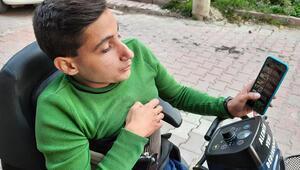 Skolyoz hastası Oktay Nahirci, sosyal medya ile hayata bağlandı