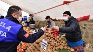 Tuzla'da pazar esnafına HES kodu sorgulaması