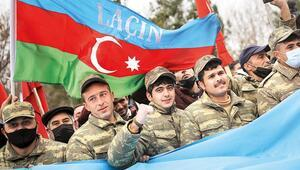 Azerbaycan 10 Kasım'ı Zafer Günü ilan etti