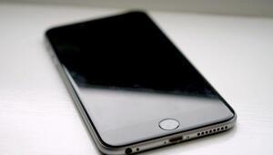 Apple kasıtlı olarak eski iPhone modellerini değersizleştiriyor mu