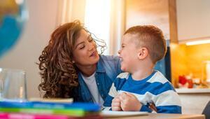 Çocuklarla iletişimde aranızdaki 'engelleri' kaldırın