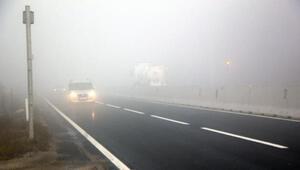 Bolu Dağında yoğun sis ulaşımı yavaşlattı
