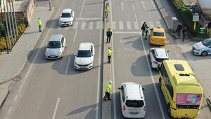 Bursada önce yaya uygulamasında sürücüler tek tek durdurulup bilgilendirildi