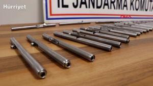 Kalem görünümlü 50 suikast tabancası ile yakalanan 2 kişiye gözaltı