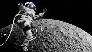 SpaceX sınırları zorluyor: Ayda araba yarışı düzenleyecek