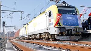 Çin'e ilk ihracat treni İstanbul'dan uğurlandı