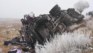 Son dakika haberi... Bitliste 7 aracın karıştığı zincirleme kaza Ölü ve yaralılar var