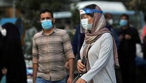 İranda Kovid-19dan hayatını kaybedenlerin sayısı 50 bini geçti