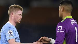 Premier Ligde Manchester City, Fulhamı yendi