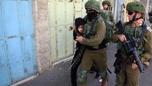 Son dakika... İsrail güçleri Batı Şeriada 5 evi yıktı, 16 kişiyi gözaltına aldı