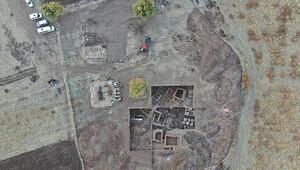 Tarihi eserler puzzle gibi birleştirilip binlerce yıl önceki haline dönüştürülüyor