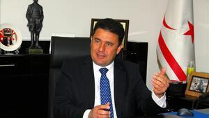 Ersan Saner kimdir İşte KKTCnin yeni Başbakanı Ersan Sanerin biyografisi