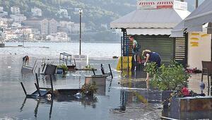 Deprem Ege'nin yapısını değiştirdi: Sisam Adası yükseldi, Gümüldür ve Menderes çöktü