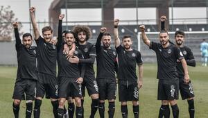Manisa FK haftalar sonra puan kaybetti ama moral bozmadı Weboya destek...