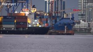 Alman askerlerinin hukuksuz arama yaptığı Türk gemisi İzmir Limanında