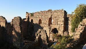 Syedra Antik Kenti ziyaretçilerini tarihi yolculuğa çıkarıyor