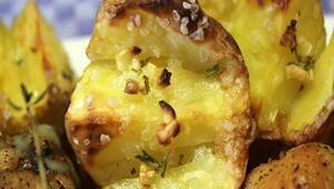 Patates mikrodalga fırında nasıl pişirilir