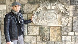 200 yıllık taş eser sahipsiz