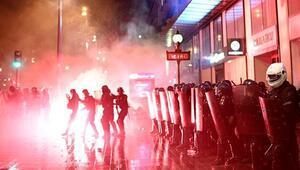 Son dakika haberleri... Fransa'daki protestolarda binlerce kişi sokaklara döküldü: 142 kişi gözaltına alındı