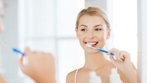 Diş rahatsızlıklarını önlemek için nelere dikkat edilmeli